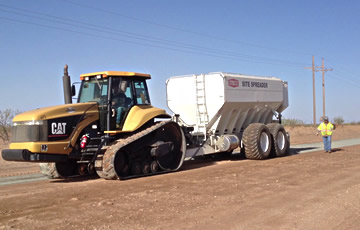 Cement Spreader Trailer Spreading